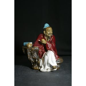 "Figurine XXL 6""H - Assis / Thé / Rouge"